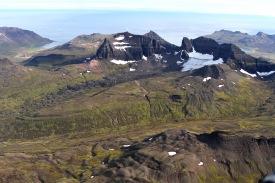 Stórurð og Dyrfjöll